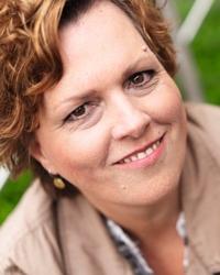 Porträt Bettina Brockmann