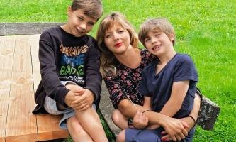 Franziska Rice mit ihren Söhnen